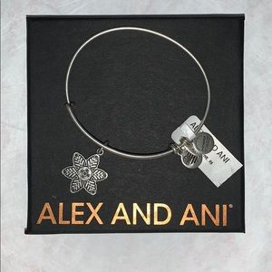 ALEX AND ANI star flower/snowflake bracelet NWT